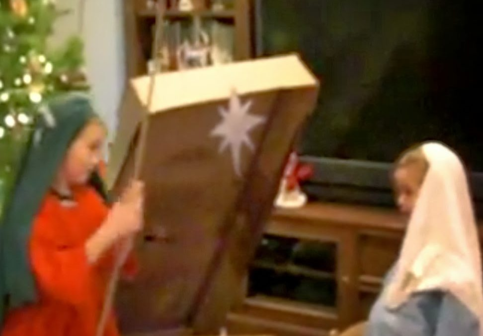 An at Home Nativity Play for Increased Christmas Awesomeness